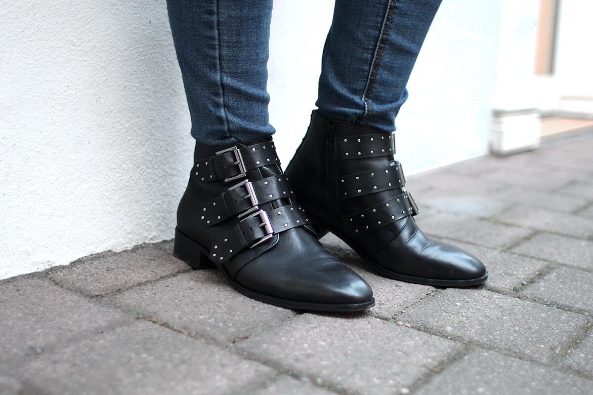 boots givenchy cloutées