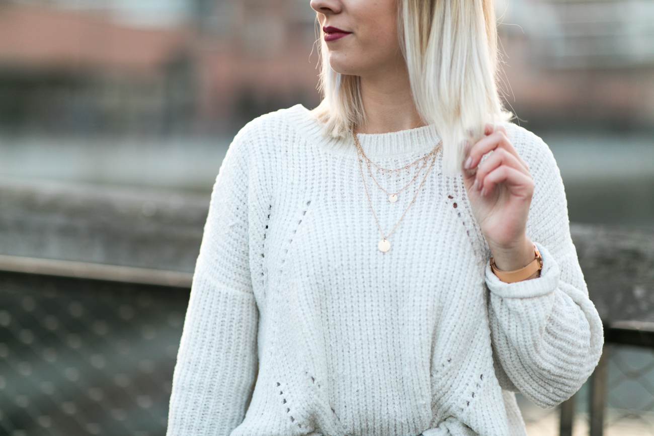 pull blanc chenille