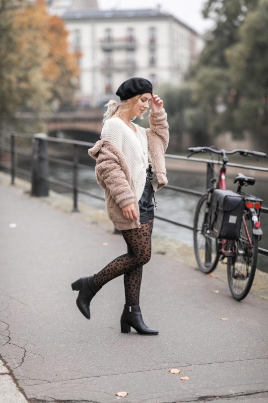 look d'hiver manteau teddy et léopard